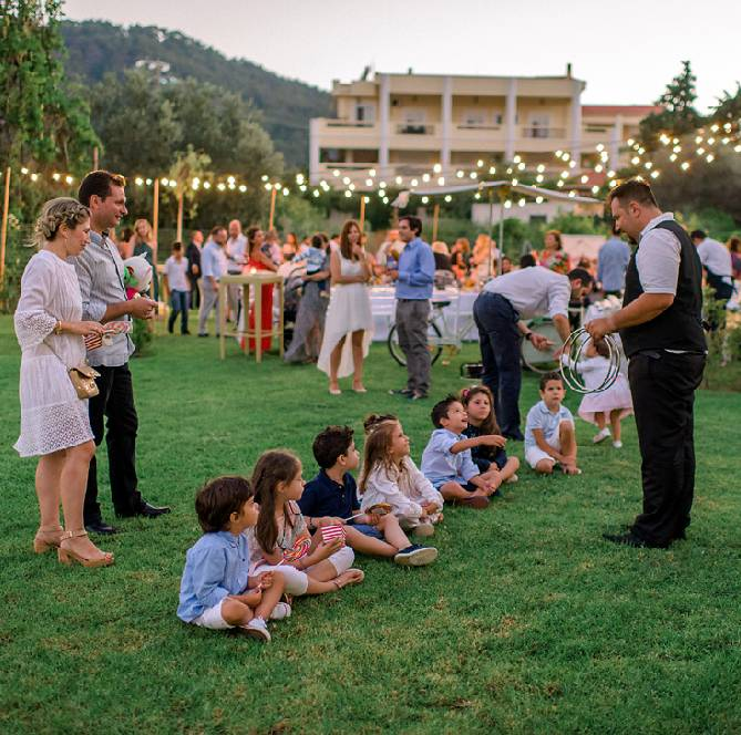 children wedding activities how to keep them entairtained