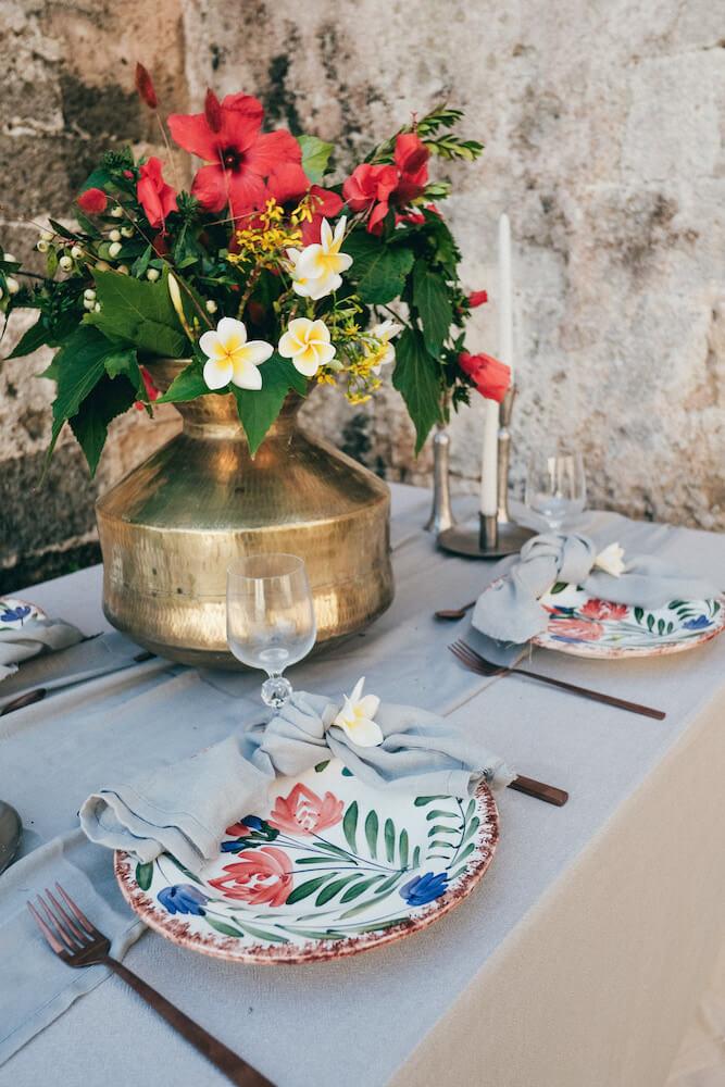 traditional ceramic plates for a wedding dinner - Destination wedding in Greece - Wedding Planner in Rhodes - lindos weddings