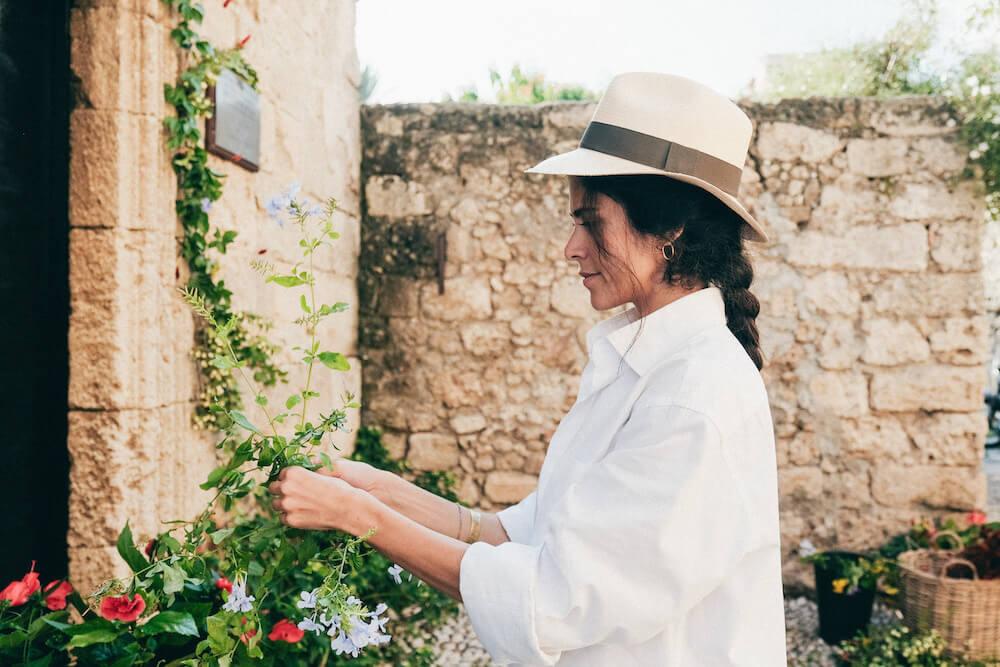 natural and organic wedding ideas - Destination wedding in Greece - Wedding Planner in Rhodes - lindos weddings