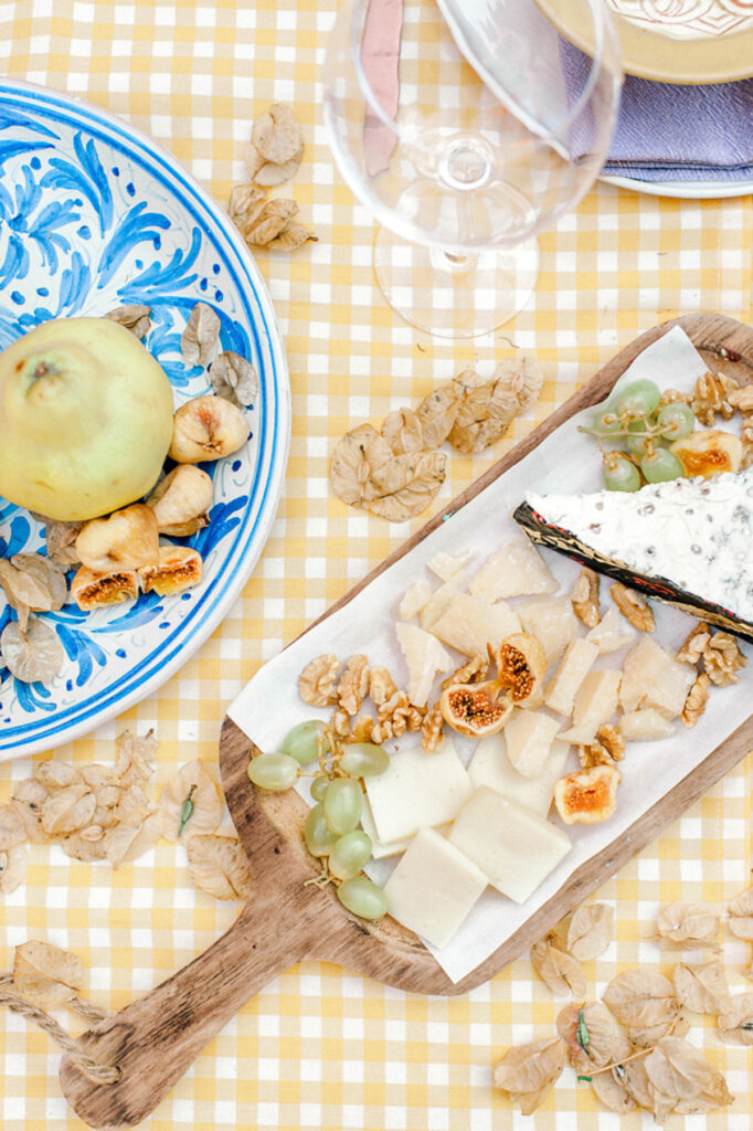 wedding-planner-in-greece-micro-wedding-cheese-platter